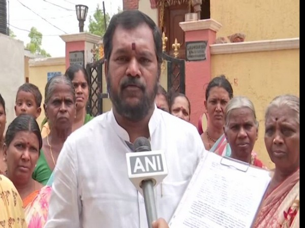 Satish Kumar, Secunderabad Welfare Association president of the fifth ward of the cantonment, while speaking to ANI on mOnday. Photo/ANI
