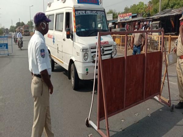 Visual of checkpoint at Garikapadu border. (Photo/ANI)