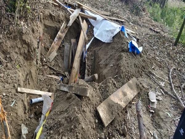 Police bust terrorist hideout in Sopore's Brath area. (Picture courtesy: Kashmir Zone Police Twitter)