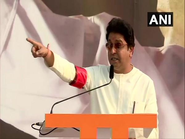 Maharashtra Navnirman Sena chief Raj Thackeray addressing a mega rally in Mumbai on Sunday. Photo/ANI