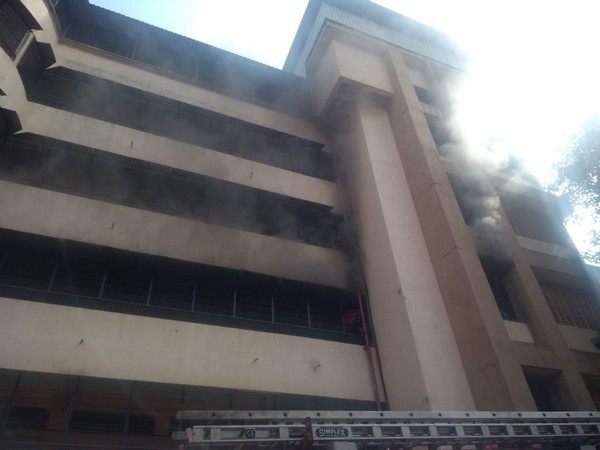 A fire broke out in Shree Mavli Mandal High School in Thane West, Maharashtra on Tuesday.