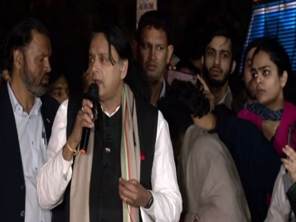 Congress MP Shashi Tharoor addressing students at Jawaharlal Nehru University in New Delhi. Photo/ANI