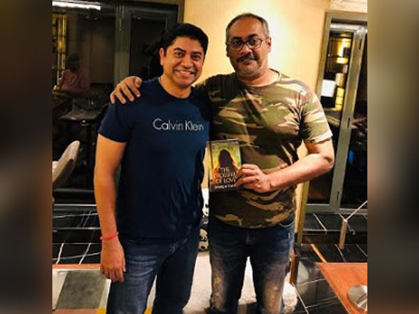 Filmmaker Abhinav Kashyap with Author Dhiren Tiwari and his latest book 'The Crossfire of Love'