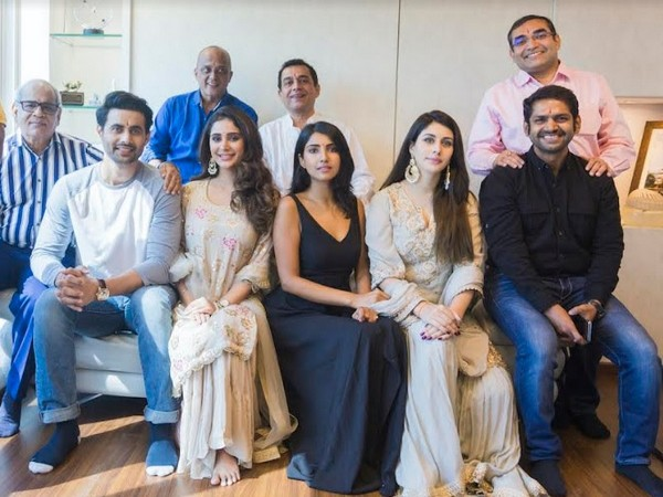 Cast and Crew: The Incomplete Man at Muhurat