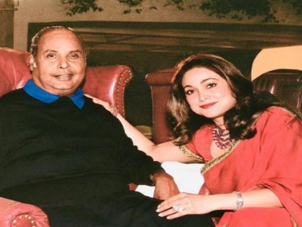 Former actor Tina Ambani with late father-in-law Dhirubhai Ambani (Image Source: Instagram)