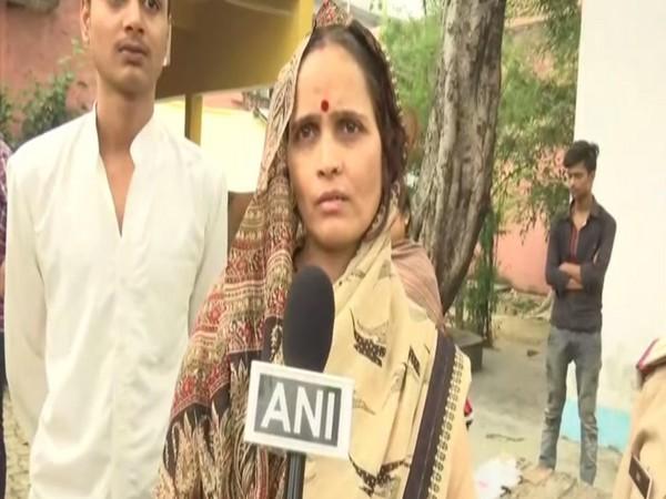 Wife of murdered Hindu Samaj Party leader Kamlesh Tiwari. Photo/ANI