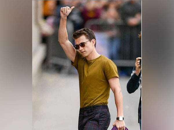 Tom Holland in new Spider-Man suit (Image Courtesy: Twitter)
