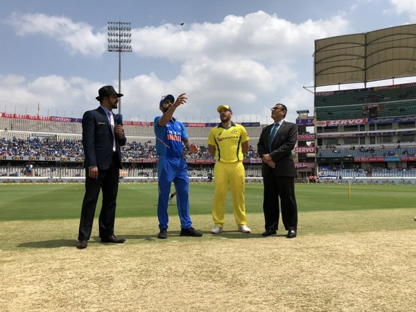 Indian and Australian cricket team skippers during the toss in first ODI at Hyderabad(Image courtesy Cricket.com.au Twitter)