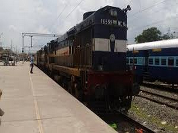 Train services to remain suspended in West Bengal