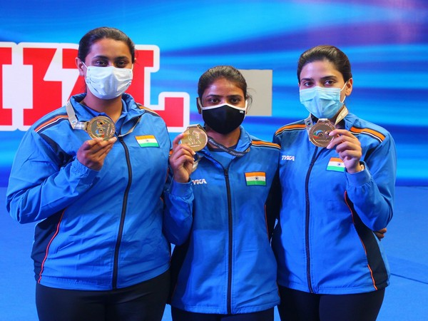 Women's Trap Team comprising Shreyasi Singh, Manisha Keer and Rajeshwari Kumari