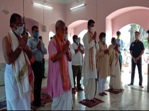 Tripura CM Biplab Deb performed puja at the historic Mata Tripurasundari temple at Udaipur, Gomati on Thursday. [Photo/ANI]
