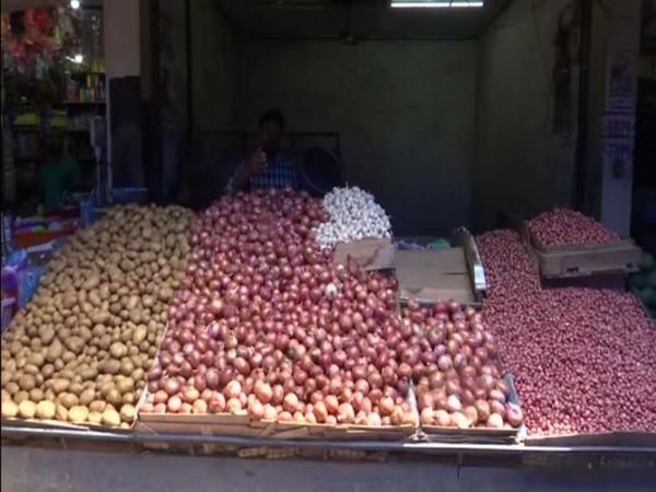 Onion prices shoot up in Thiruvananthapuram. Photo/ANI