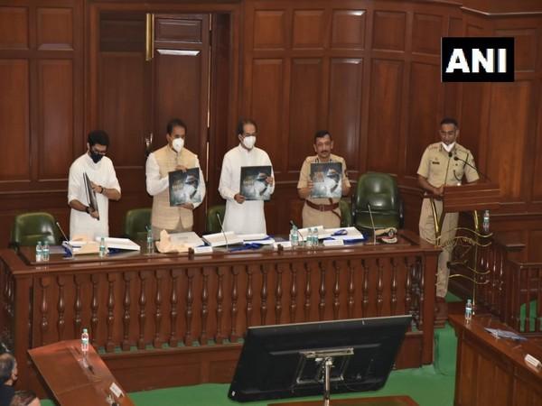 Maharashtra Chief Minister Uddhav Thackeray inaugurates 'Hutatma Dalan' (Martyr's Gallery) and coffee table book 'Atulya Himmat' at Police