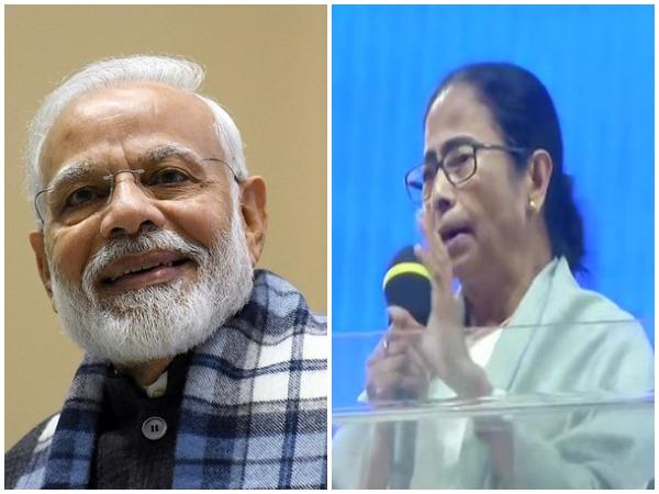 PM Narendra Modi and West Bengal CM Mamata Banerjee (file pic)