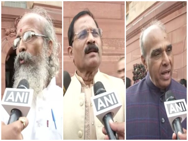 BJP leaders slam opposition for their behaviour after BJP MP Pragya Thakur apologised. Photo/ANI