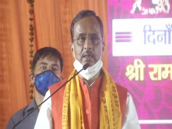 Uttar Pradesh Deputy Chief Minister Dinesh Sharma speaking at Aishbagh Ramleela Maidan on Saturday. Photo/ANI