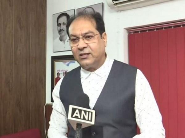Mohsin Raza speaks to ANI in Lucknow on Sunday [Photo/ANI]