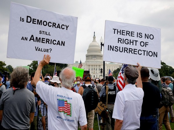 A few hundred protesters in Washington rallying in support of the pro-Trump rioters. (Photo Credit - Reuters)