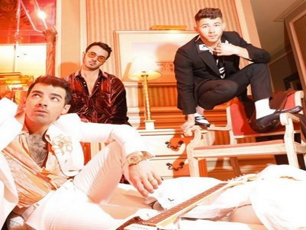 Jonas Brothers- Joe, Kevin and Nick (Image courtesy: Twitter)