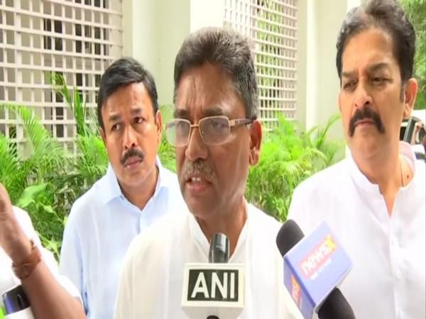Congress leader VS Ugrappa (File Photo)