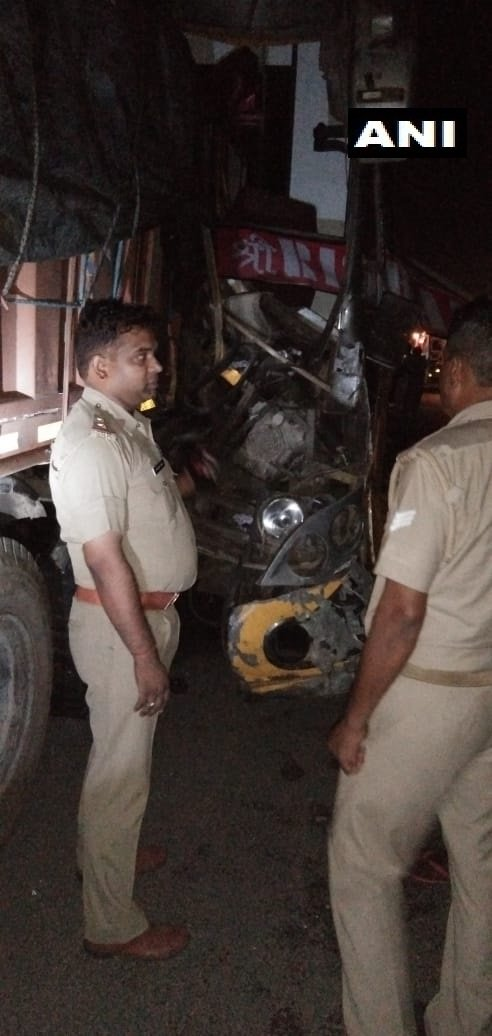 Driver killed, 24 injured in bus-truck collision on Lucknow-Agra Expressway in Unnao district.