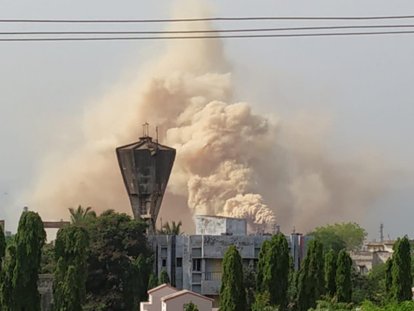 Smoke arising out of a Crude Distillation Unit at the HPCL plant