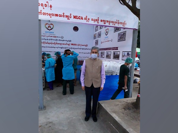 Indian Ambassador to Myanmar Saurabh Kumar on Saturday donated food to Yangon General Hospital Covid -19 treatment centre. (Twitter/India in Myanmar)