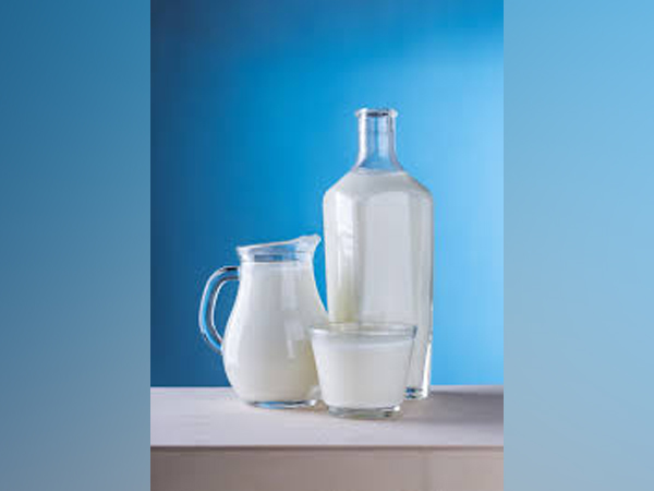 Young adults with persistent cow's milk allergy may not reach their full growth potential.