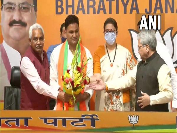 निर्दलीय विधायक राम सिंह कैरा आज भाजपा में शामिल हो गए।