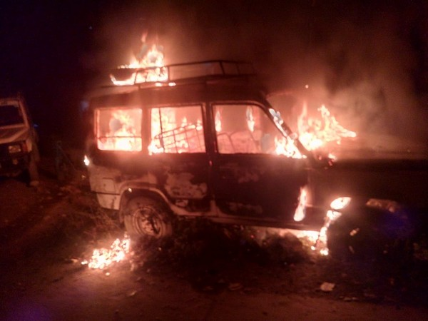 The fire spread and engulfed the abandoned vehicle in Uttarkashi, Uttarakhand on Tuesday night. Photo/ANI