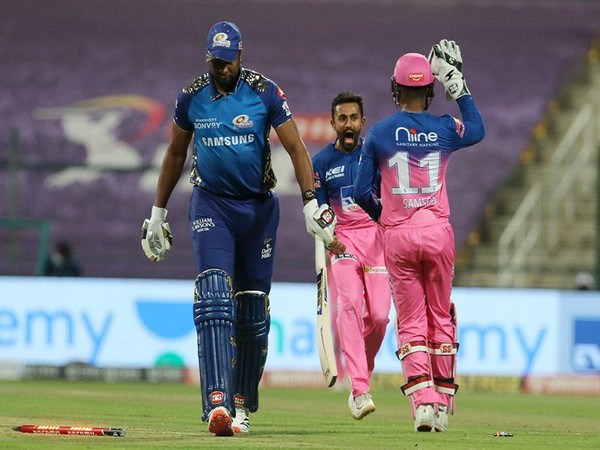 MI skipper Kieron Pollard in action against Rajasthan Royals (Photo/ iplt20.com)