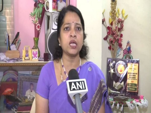 Woman activist Vara Lakshmi speaking to ANI over the murder and rape of Veterinary doctor . Photo/ANI