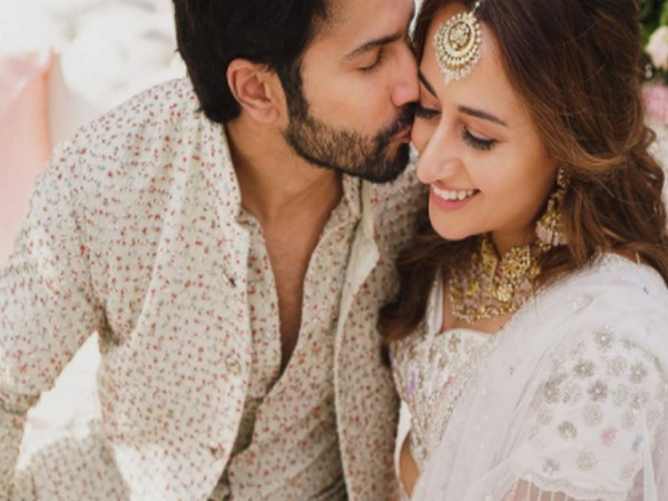 Celebrity couple Varun Dhawan and Natasha Dalal at their Mehndi function (Image Source: Instagram)