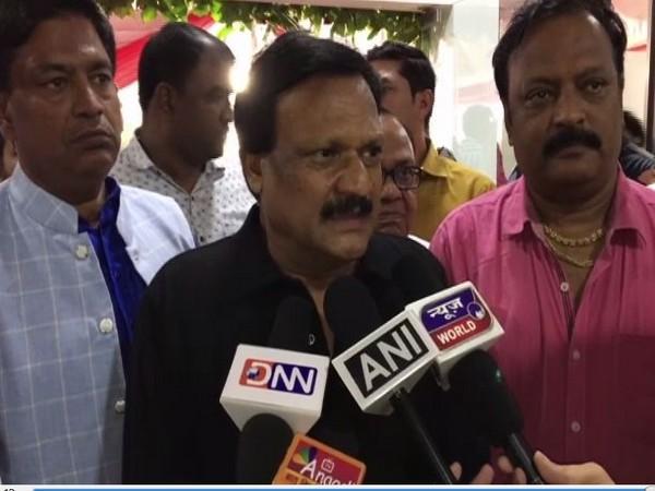Madhya Pradesh PWD Minister Sajjan Singh Verma speaking to media persons in Indore, Madhya Pradesh on Sunday. Photo/ANI