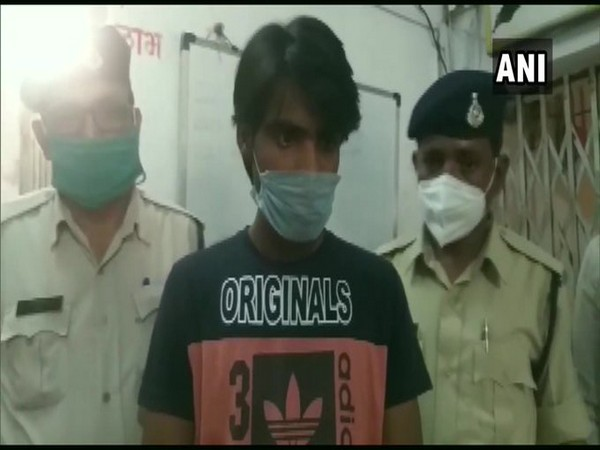 The accused arrested in MP's Vidisha. Photo/ANI