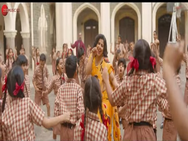 A still from the official music video 'Pass Nahi Toh Fail Nahi' (Image source: YouTube)