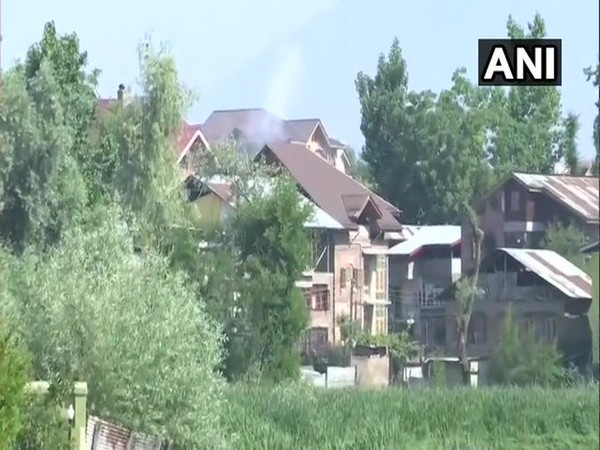 Visual from Zadibal area in Srinagar where exchange of fire between terrorists and security forces is underway on Sunday. [Photo/ANI]