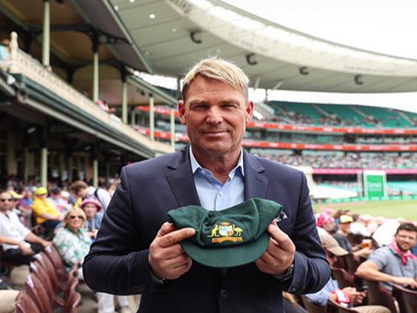 Shane Warne to auction Baggy Green cap to raise fund for Australia bushfire victims