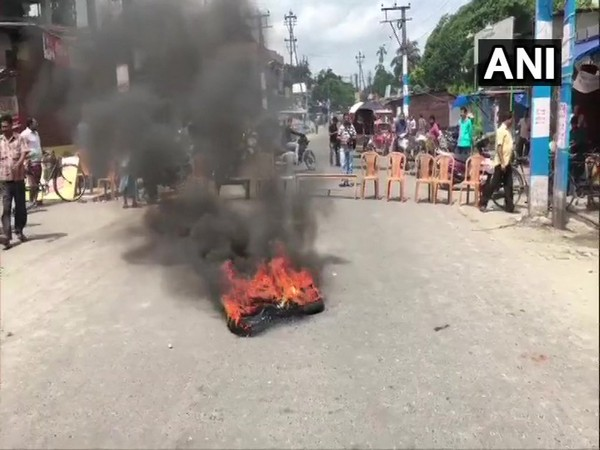Traders protest in Ghogomali area of West Bengal's Siliguri.
