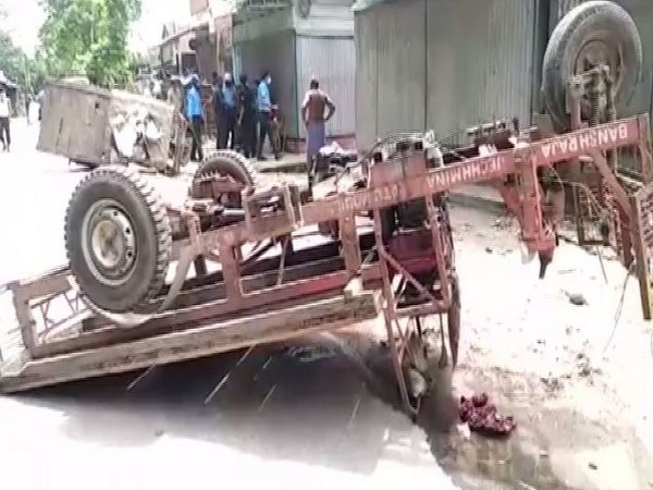 Visuals of the area in North Bengal after the clash between Trinamool Congress and BJP workers.