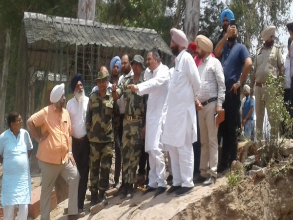Punjab Public Works Minister Vijay Inder Singla inspecting the construction of Kartarpur Sahib corridor on Saturday. Photo/ANI