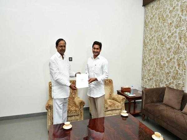 K Chandrasekhar Rao invited YS Jaganmohan Reddy for Kaleshwaram Project inauguration programme. (Photo/ANI)