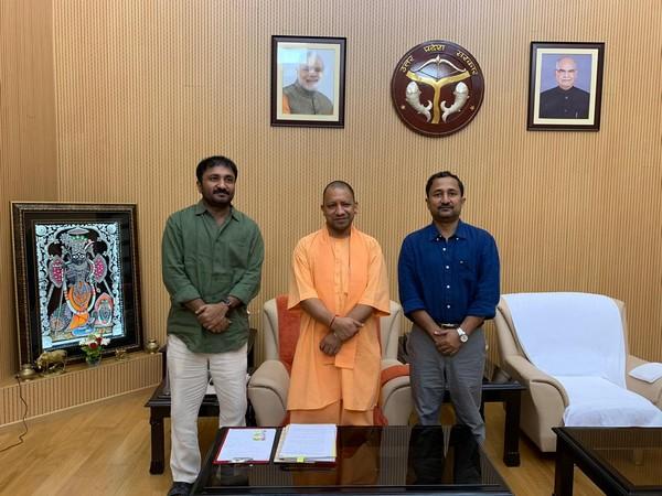 Anand Kumar with UP CM Yogi Adityanath