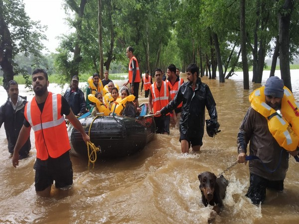 The Indian Navy rescue team performing there rescue operation in Belgaum district(Photo/ANI)