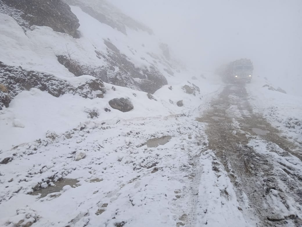 Rohtang Pass and Marhi areas of Kullu district received heavy snowfall on Thursday.