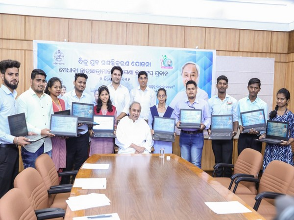 Odisha Chief Minister Naveen Patnaik with the students in Bhubaneswar on Friday.