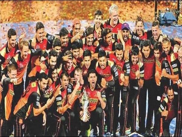 SRH celebrating after winning IPL in 2016 (Photo/ David Warner Instagram)