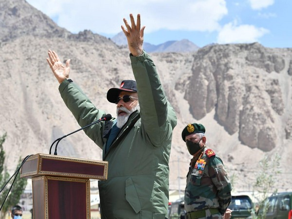 Prime Minister Narendra Modi addressing soldiers in Ladakh's Nimmoo on Friday. [Photo/ANI]