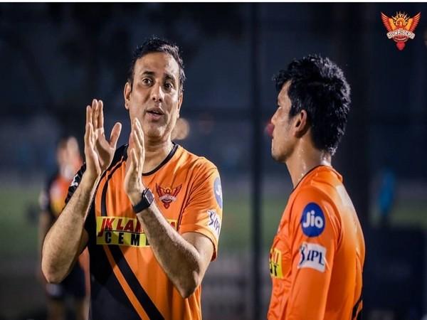 VVS Laxman with Priyam Garg (Photo/ SRH Instagram)