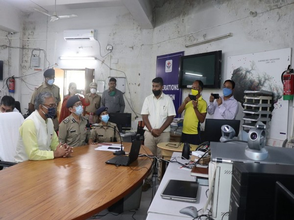 Uttarakhand Chief Minister Trivendra Singh Rawat inaugrating QDA teschnology (Photo/ANI)